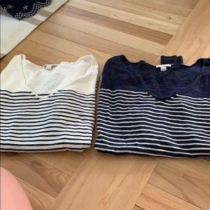 BUNDLE: Two Gap Sweaters Both Size L